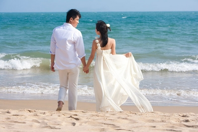 青岛薇薇新娘婚纱摄影