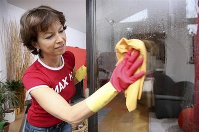 专业清洗家电油烟机;热水器;空调;洗衣机等