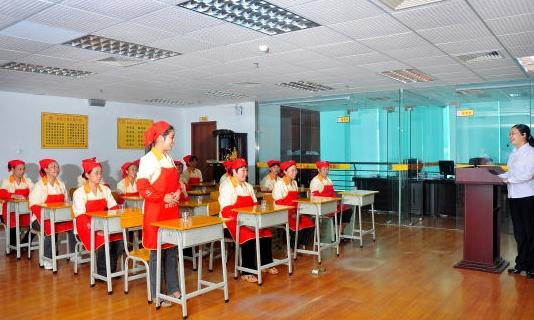 广州小熊妈妈母婴技能培训